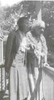 Fig. 13: Elsa Staude con Maja Einstein nella casa di Albert a Princeton