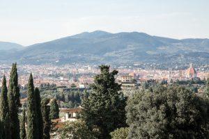 Firenze vista da Arcetri. Sullo sfondo il Monte Morello [Roberto Baglioni]