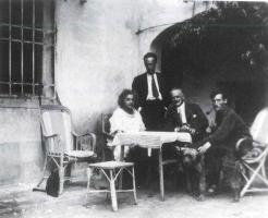 Fig. 8: A 'Samos': Maja Einstein, Anzio, suo zio Georg Staude, venuto in visita a Firenze, e Paul Winteler